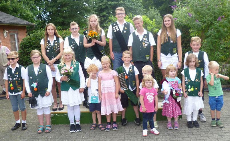 Jugend-Kinder Wuerdentraeger 2017.jpg