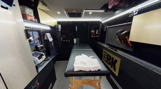 mini-6-oms-recovery-bus-3.jpg