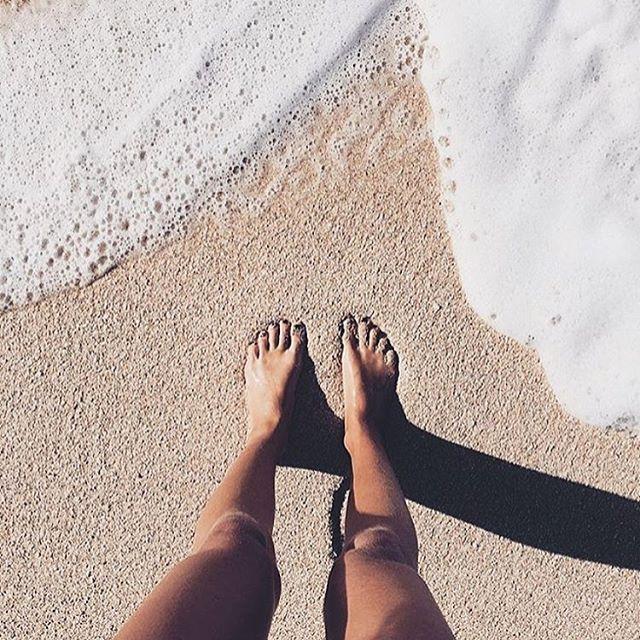 Débutons! 💦👙☀️📷_cocojaneswimwear #santropa