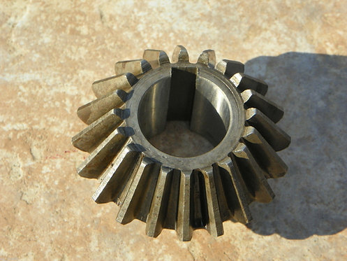 """End Gear for Walton / Galfre Hay Tedder 20 Tooth, 1-3/8"""" Bore with key slot"""