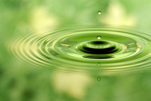 iStock_naturalwaterscene_Impulswerk.jpg