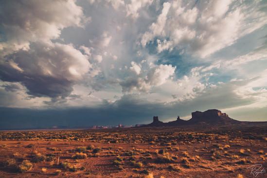 Monument Valley-0004.jpg