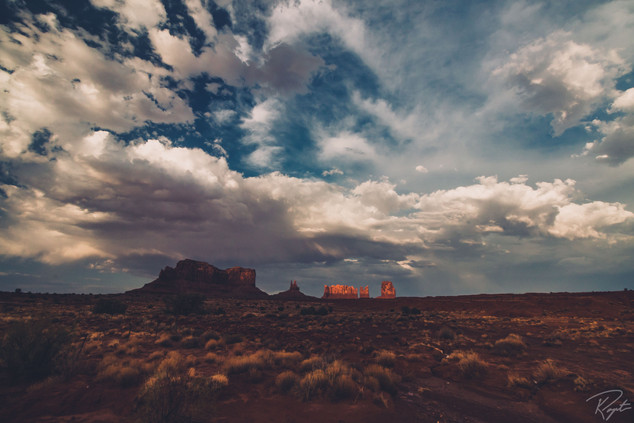 Monument Valley-0015.jpg