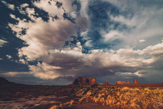 Monument Valley-0011.jpg