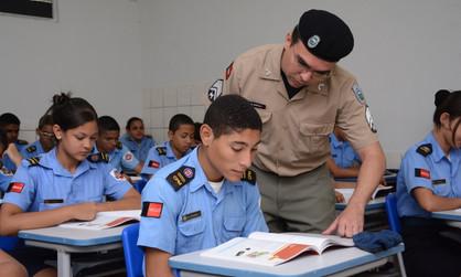 Vinda de Escola Cívico Militar para Paulínia é debatida na Câmara