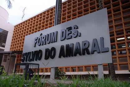 Tribunal de Justiça instaura processo e afasta juiz de Sumaré acusado de pedir doações
