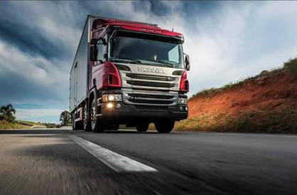 Emprega Paulínia tem 30 vagas em aberto para Motorista Carreteiro