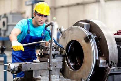 Emprega Paulínia abre 87 vagas para o setor industrial