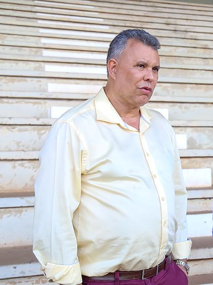 Vereadores votam a favor de Comissão Processante que investigará Dixon Caravalho