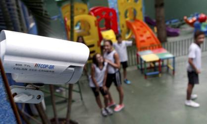 Projeto de Lei de Du Cazellato solicita instalação de câmeras de segurança em unidades escolares