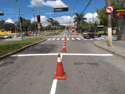 Avenida Antônio Batista Piva com a Osvaldo Piva recebe sinalização viária