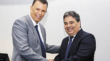Dias contados: Justiça determina cassação do Prefeito Dixon Carvalho e vice Sandro Caprino
