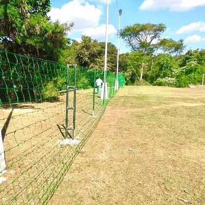 Esportes realiza melhorias nas praças esportivas do Jardim Flamboyant e Itapoan