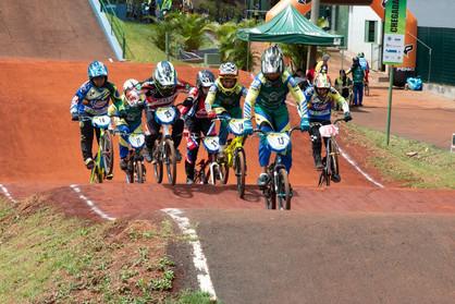 Paulínia Racing Bicicross termina Copa Regional de BMX com 6 campeões
