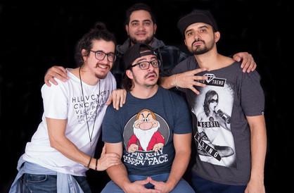 """Stand Up """"4 amigos"""" será atração no Theatro de Paulínia no mês de julho"""