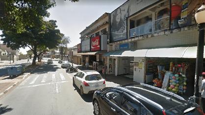Assaltantes invadem lotérica no centro e roubam R$ 17,5 mil