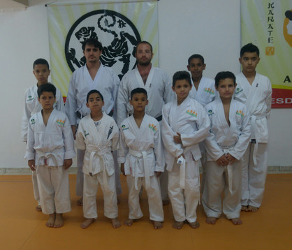 Atletas de karate do Programa Viva Betel em Paulínia realizam exame para troca de faixa
