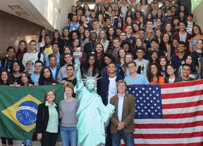 Programa seleciona estudantes de escolas públicas para intercâmbio nos Estados Unidos