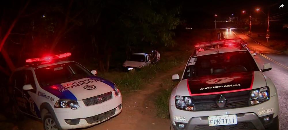 (Reprodução/EPTV): O carro do casal, roubado pelos criminosos, foi encontrado pouco tempo depois em Sumaré.
