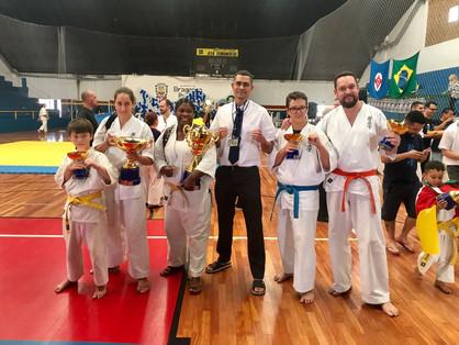Atletas de Paulínia conquistam o pódio no Campeonato Paulista de Karate