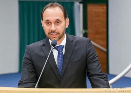 Alvo de denúncias, vereadores rejeitam acusações contra Du Cazellato