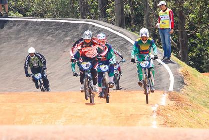 Paulínia Racing Bicicross vai à Cosmópolis disputar Copa Regional no domingo (30)