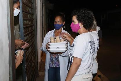 Creas realiza distribuição de marmitas para famílias em vulnerabilidade social