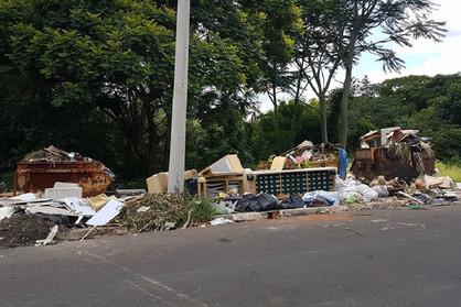 Prédio público será usado de graça por consórcio do lixo