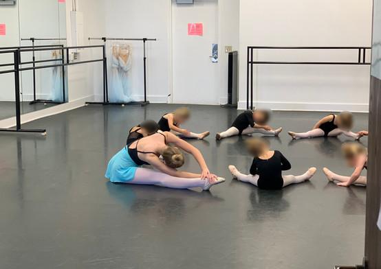 Hannahs Dancers California_6.jpg