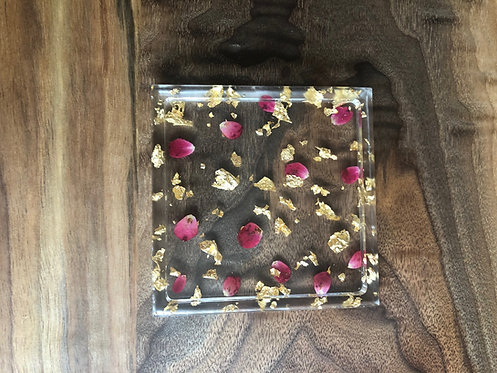 Resin Trinket Tray w/Real Pressed Flowers