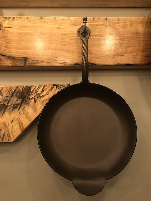 Hand Forged Rope Twist Skillet