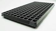 200 square plug tray.jpg
