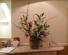 受付前のお花