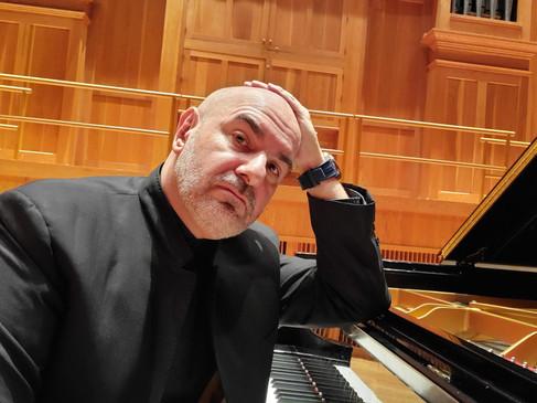 Max Midroit Piano