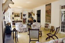 The living room of Finca Vigia.