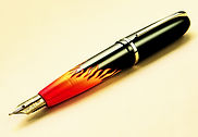 Stylo factice surdimensionné; stylo plume; fake pen