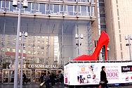 Escarpin de 3 metres, Escarpin geant, sculpture geante, oversized shoe, giant high heel shoe, giant shoe, Paris