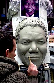 modelage Nelson Mandela, sculpture Nelson Mandela; Nelson Mandela Clay argile; tribute to Nelson Mandela; Hommage à Nelson Mandel