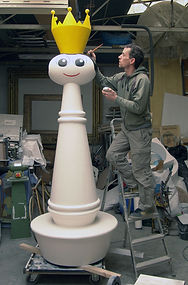 Reine geante, piece d'echec géante, giant chess, jouet geant, sculpture jouet paris