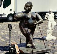 statue geante en resine; big resin statue; bronze, sculpture sur commande, statue sur commande