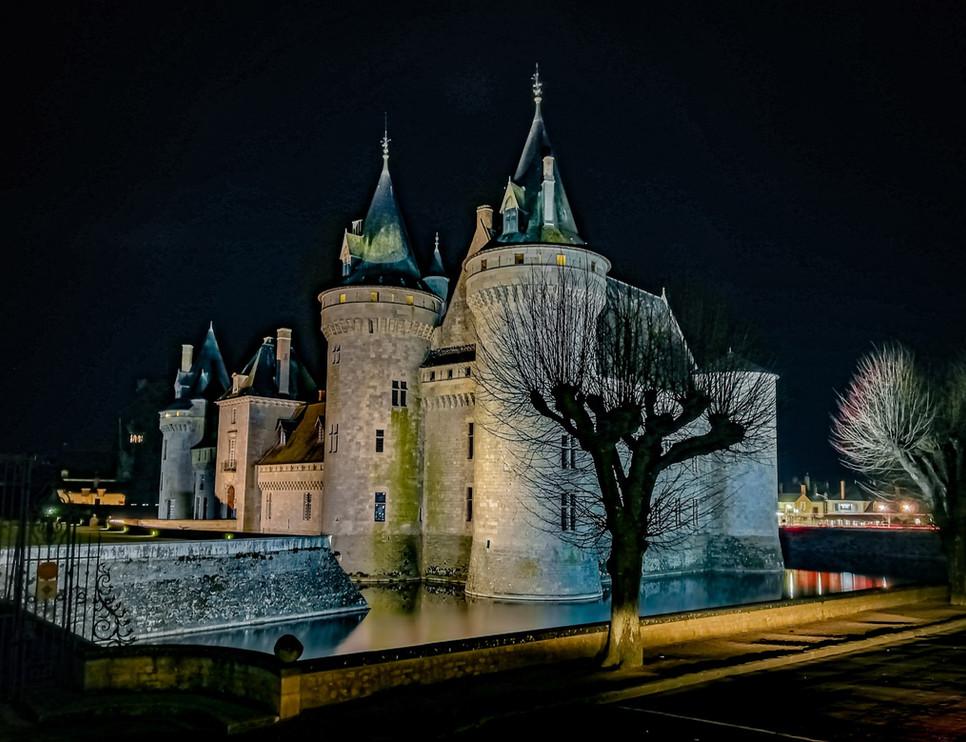 Château de Sully, la nuit