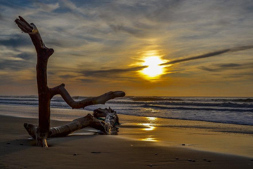 Couché de soleil sur la plage en Gironde