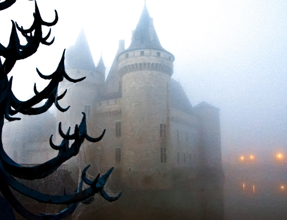 Château de Sully dans le brouillard