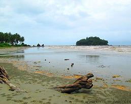 ThalasseryOnline_Beach.jpg