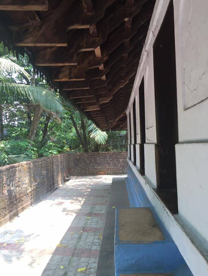 ThalasseryOnline_Odathil6.jpg