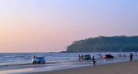 ThalasseryOnline_MuzhappiangadBeach.png