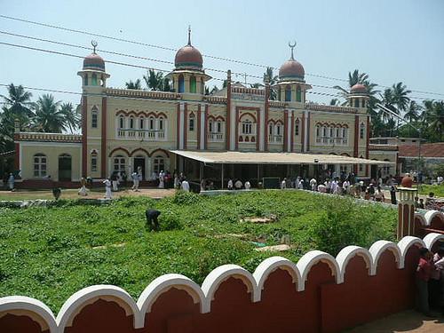 ThalasseryOnline_Juma6.jpg
