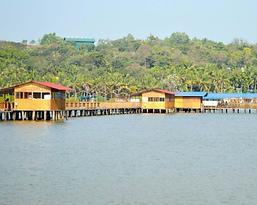 ThalasseryOnline_FloatingPark.png