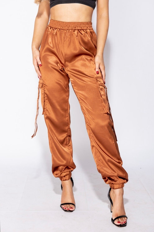Not The Average Chic Joggers RUST
