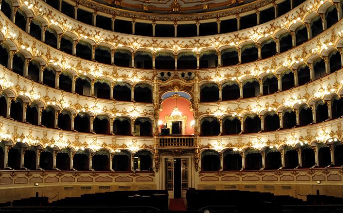 Teatro_Piacenza.jpg